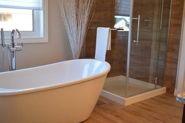 bathtub-1078929_640